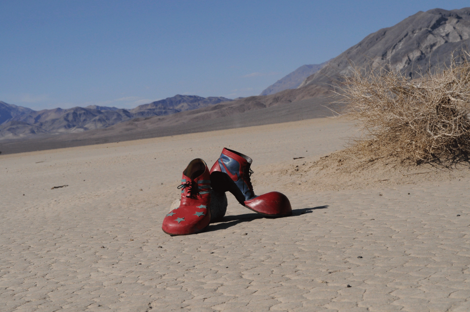 ClownsBrothers-Death-Valley-Schuhe.png